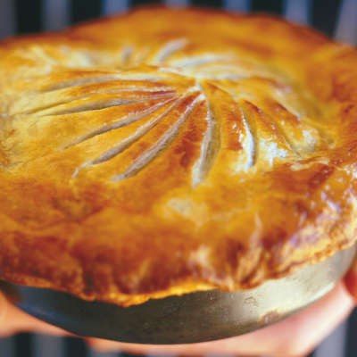 steak pie in red wine
